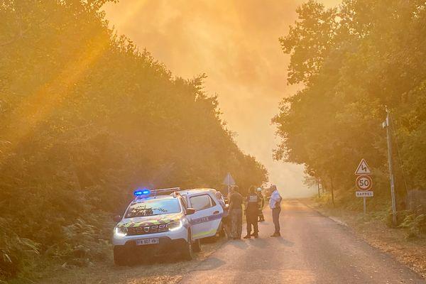 Le ciel de Seignosse alors qu'un incendie ravage une forêt de pins