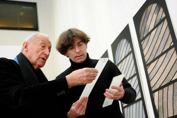 Installation exposition des travaux préparatoires de Soulages pour la cathédrale de Conques au Musée Fabre de Montpellier en 2010