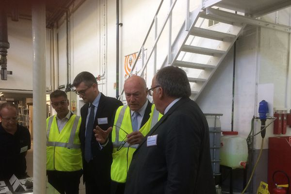 Alain Rousset et Jean-Louis Colders le directeur général de Lisi Aerospace