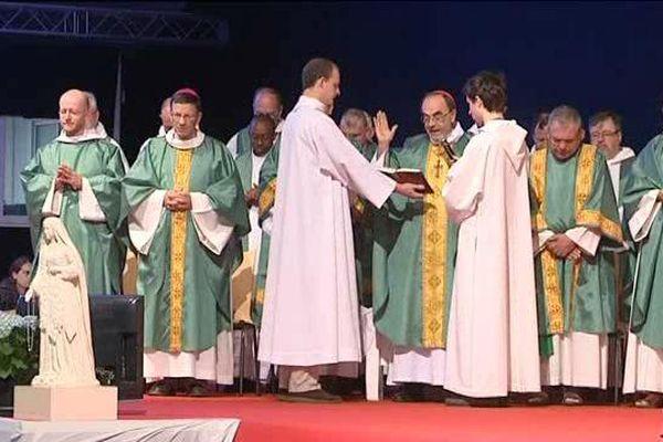 Messe inaugurale en présence du cardinal de Lyon, Philippe Barbarin