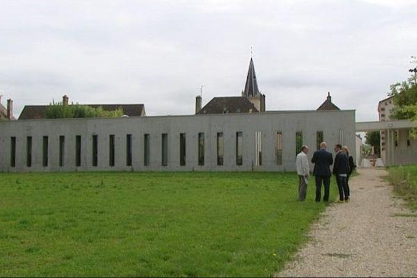 Cantine de Saint-Loup-de-Varennes (Saône-et-Loire)
