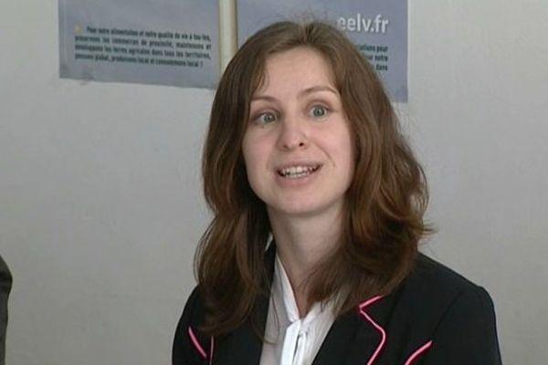 Clarisse Heusquin, candidate EELV lors de la présentation de sa liste pour les prochaines élections européennes, le 25 mai.