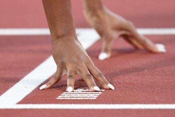 L'enquête pour viols visant l'entraîneur d'athlétisme Giscard Samba a été classée sans suite.
