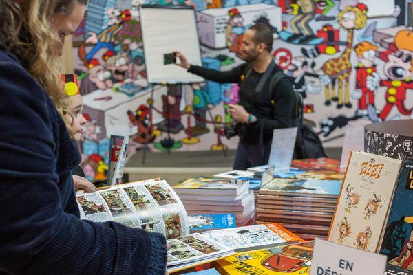 Public au festival de la BD à Angoulême en 2019
