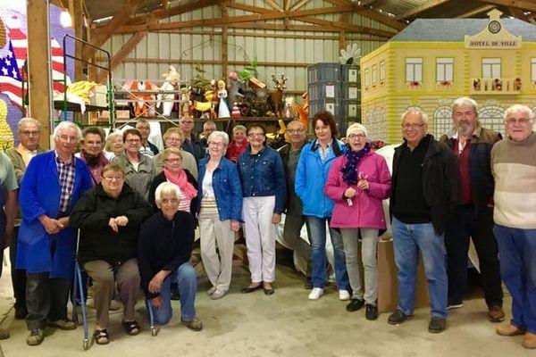 L'équipe du Corso Fleuri de Vibraye
