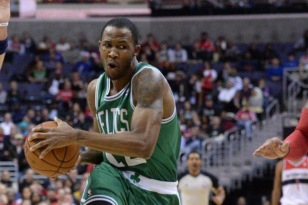 Chris Johnson aux Boston Celtics.