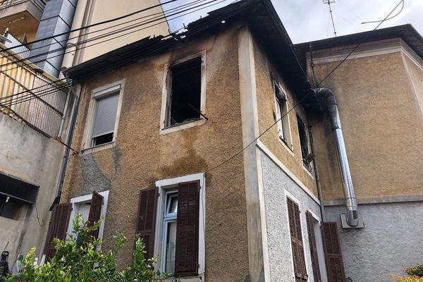 Neuf appartements sont sinistrés au 27 boulevard de la Madeleine à Nice.