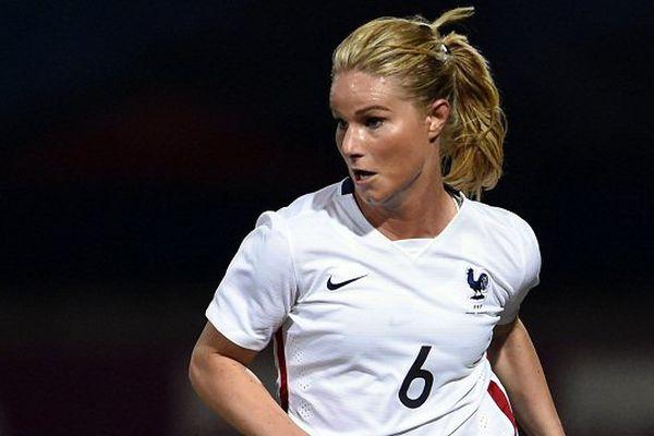 Amandine Henry est malgré tout la première française à finir faire partie des trois meilleures joueuses européennes de l'année.