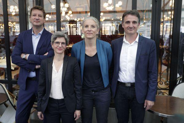 Sandrine Rousseau avec Yannick Jadot (à gauche), Delphine Batho et Eric Piolle (à droite), en juillet 2021 à Paris.