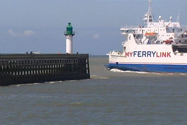 2 des 3 bateaux de Myferrylink vont être vendus à DFDS.
