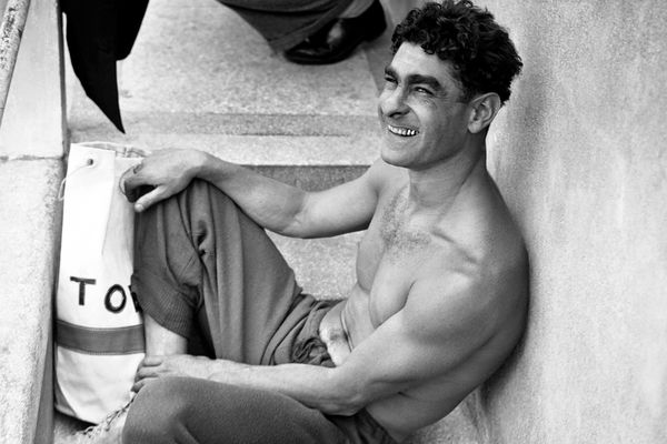 Alfred Nakache, photographié en 1946