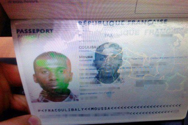 Moussa Coulibaly a été arrêté mardi après l'agression au couteau de trois militaires en faction devant un centre communautaire juif à Nice.