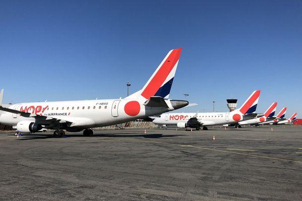 Les avions sont cloués au sol à l'aéroport de Lille-Lesquin.