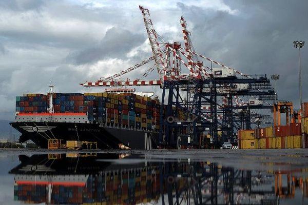 Vue du port de  Gioia Tauro, dans le sud de la Calabre, le 4 février 2014
