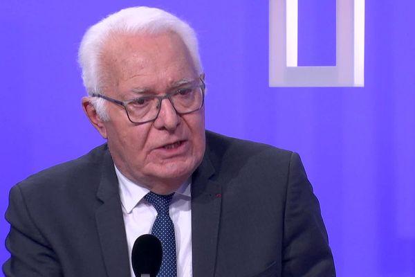 Jean-Pierre Giran, candidat à sa succession à la mairie d'Hyères.