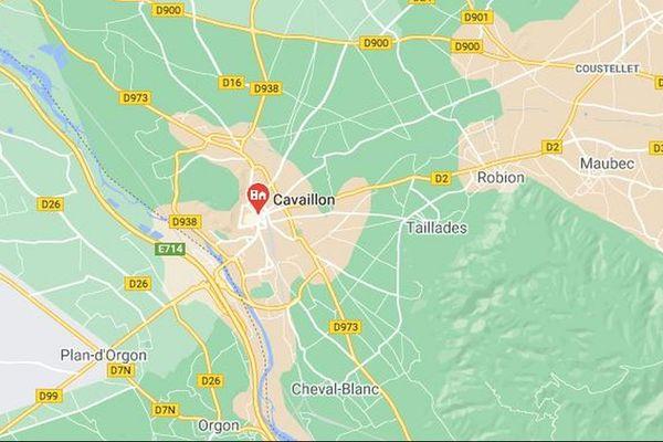 Dans le Vaucluse, à Cavaillon, un incendie s'est déclaré dans un bar à chicha, avenue de la Libération.