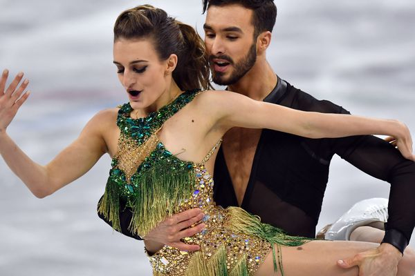 Malgré ce petit problème de tenue, le couple Papadakis/Cizeron s'est classé en 2ème position à l'issue du programme court