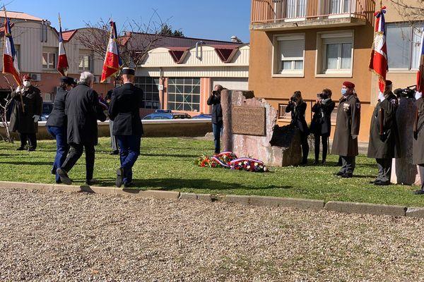 Une cérémonie en hommage aux 4 victimes de l'attentat terroriste de Trèbes a eu lieu à la caserne de Carcassonne ce matin