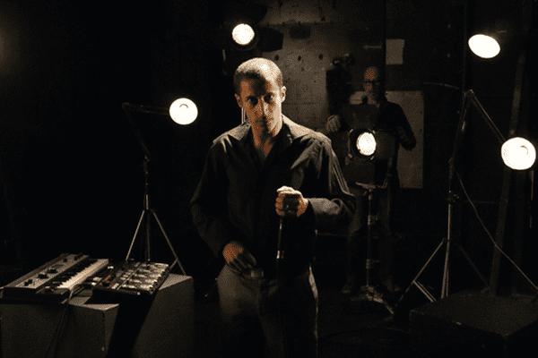 Kosh dans le Backstage