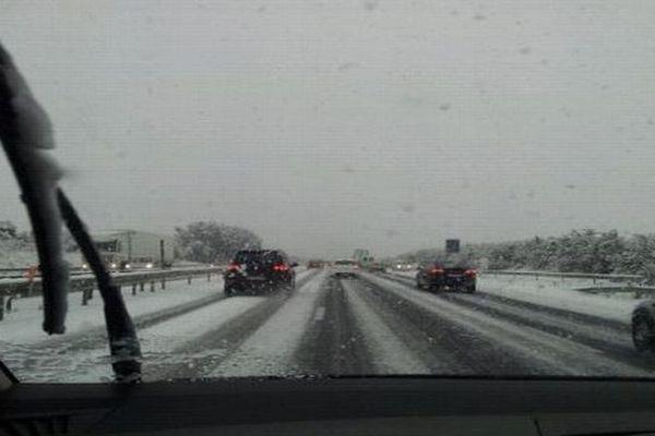Agde (Hérault) - l'autoroute A.9 sous le neige - 16 janvier 2013.