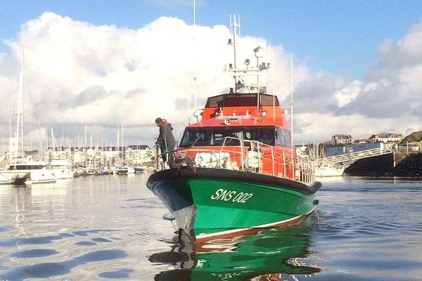 Le canot tout temps Jacques Joly de la SNSM est revenu au port des Sables d'Olonne, le 29  novembre 2019
