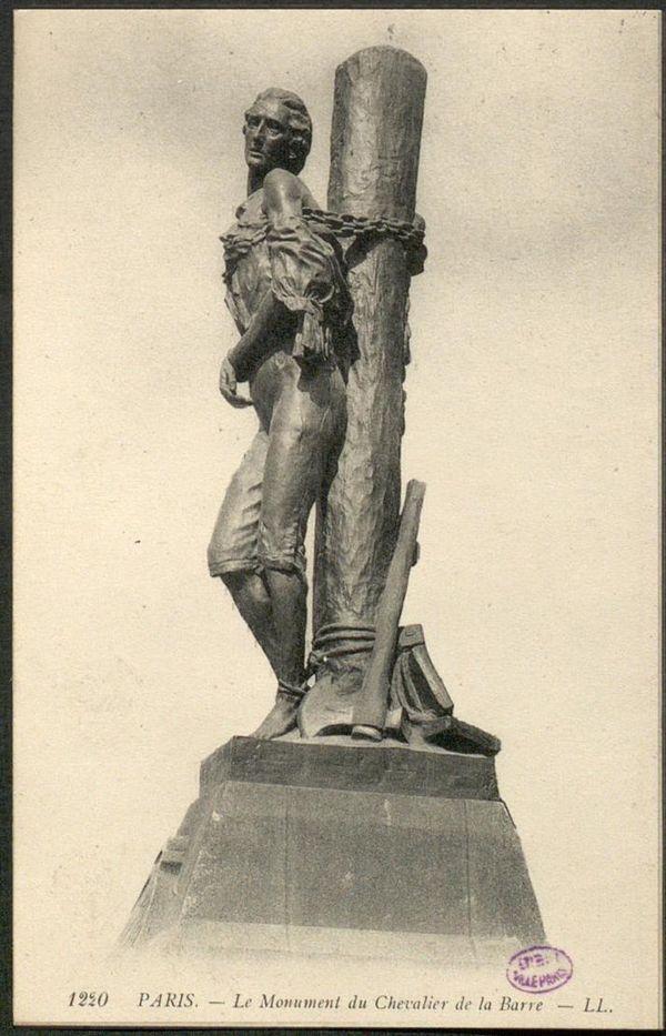 Le monument du Chevalier de La Barre à Paris.