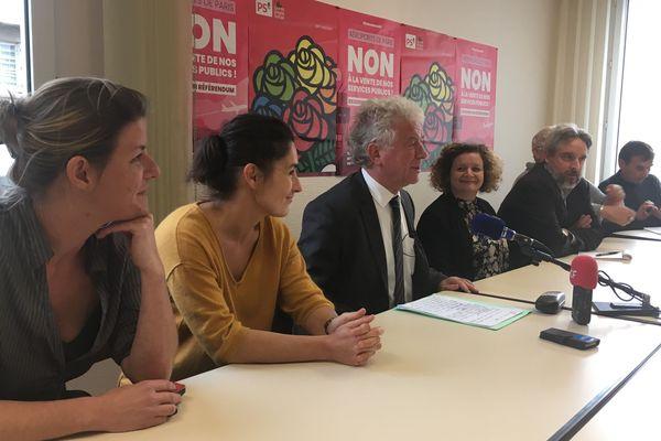 François Cuillandre au siège du PS à Brest pour annoncer le maintient de sa candidature aux élections municipales de mars 2020
