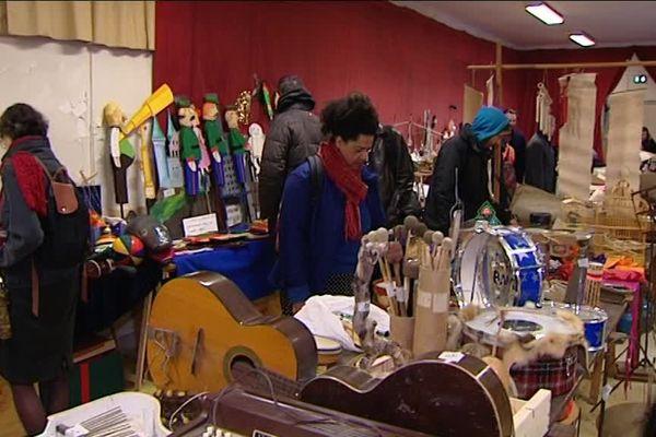 La vente des Manches à Balais à Besançon