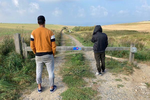 Jérôme le confirme, dans la nuit de mercredi à jeudi ils étaient plusieurs dizaines à chercher des paquets le long de la plage.
