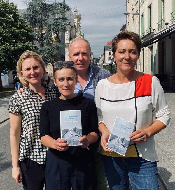 De gauche à droite, Nathalie Broutin (France Bleu), Sarah Polacci (devant, France Bleu), Pascal Salciarini (L'Est Républicain) et Agnès Penneroux (France 3 Grand Est), le jury 2020 du Prix Feuille d'Or.