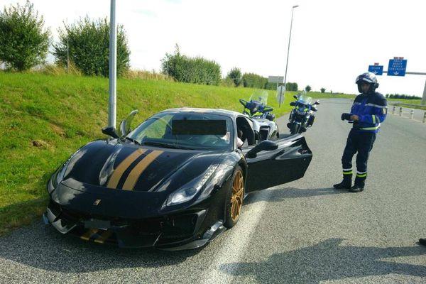 Une Ferrari 488 Pista roulait à 242kmh en Haute-Marne. Les gendarmes ont stoppé sa course folle le 13 août.