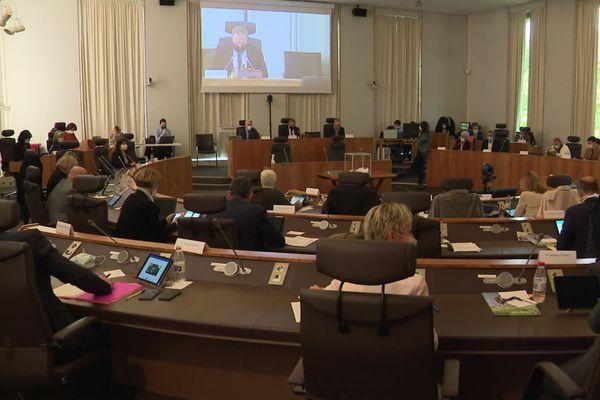 le Conseil Départemental de Charente en séance plénière
