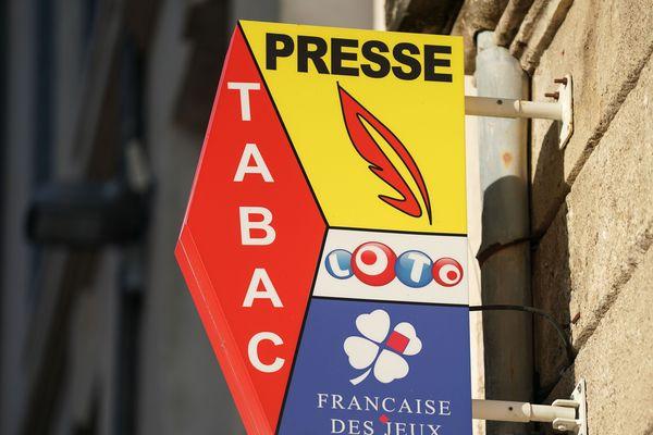 Le Gard est un des premiers départements en France à proposer le paiement des impôts et de certaines factures dans les bureaux de tabac.