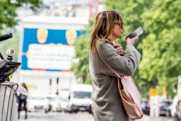 Un jeune lyonnais a imaginé une coque antivol pour retrouver un téléphone portable dérobé