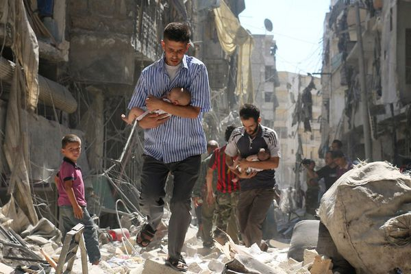 """Photographie prise à Alep en juin 2016 par le photographe de l'AFP Ameer Alhabi qui a remporté l'opération """"Regard des jeunes de 15 ans""""."""