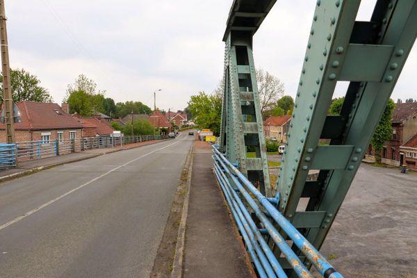 Le pont d'Hergnies.