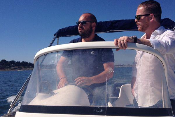 "Yohan et Helmert naviguent ensemble grâce à l'application ""Share my sea"""