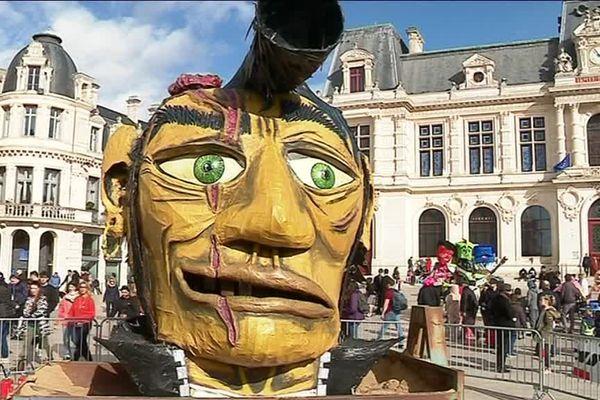 Le bonhomme carnaval sera embrasé à 20h, mercredi, place de l'hôtel de ville à Poitiers.