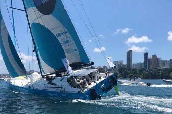 Les franciliens Stéphane Le Diraison et François Guiffant ont franchi la ligne d'arrivée ce mardi après-midi à Salvador de Bahia au Brésil. Ils finissent ainsi à la 20e place du classement Imoca.