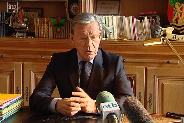 En 2013, Jean Grenet annonce qu'il ne se représentera pas. Extrait d'archives.
