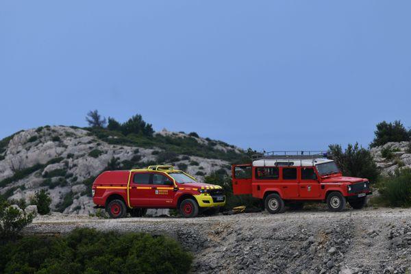 Alerte rouge, et pré-positionnement des pompiers dans les massifs à risque aujourd'hui.