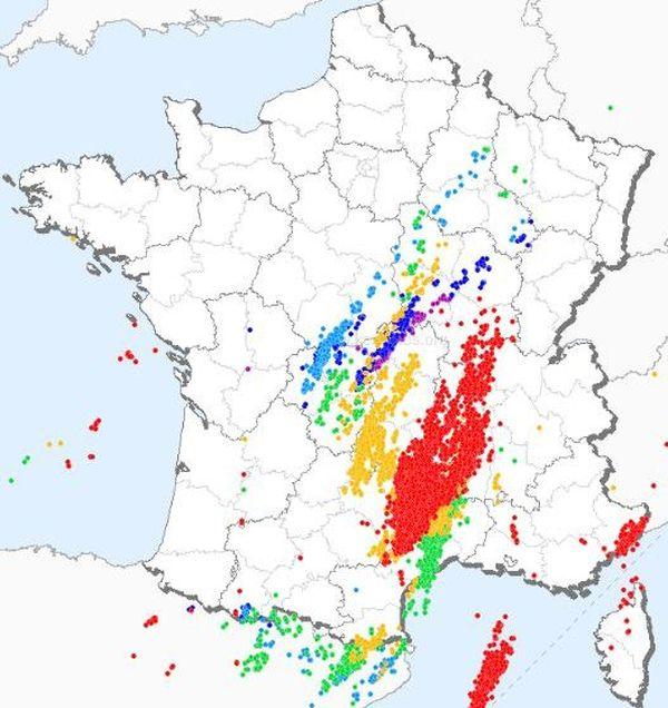 Carte des impacts de foudre, dimanche 20 octobre 2019, sur 24 heures.