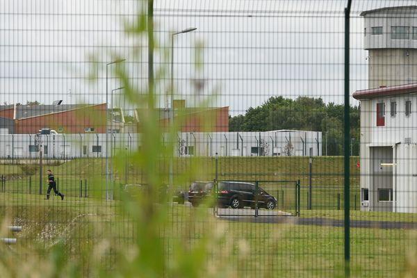 Geoffrey Debouver, 27 ans, a été tué lundi dans sa cellule de la prison de Vendin-le-Vieil. Il y purgeait une peine de 20 ans pour le meurtre en décembre 2011 à Lille-Fives de Simon Cordier.