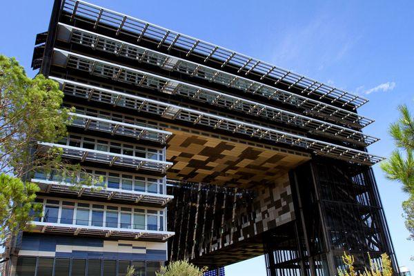 L'hôtel de ville de Montpellier a de nombreux prétendants.