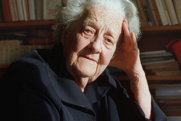 L'Auvergnate Germaine Tillion, ethnologue et résistante, rejoint le Panthéon le 27 mai 2015.