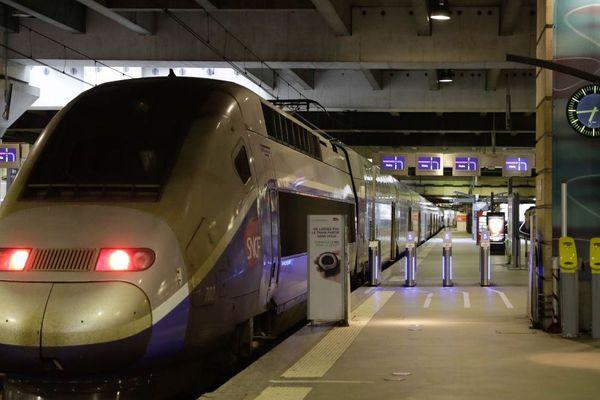 TGV en gare Montparnasse à Paris - Avril 2018
