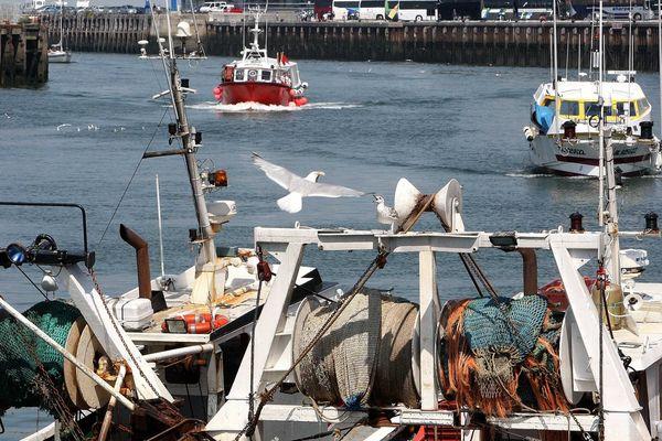 Le débarquement du poisson dans le port de Boulogne-sur-Mer