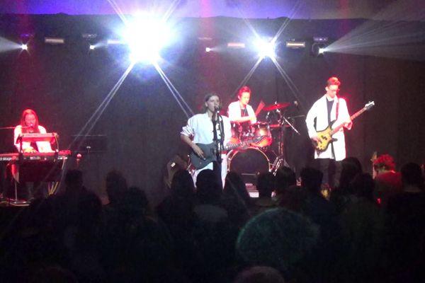 Le groupe Monk sur scène.