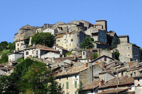Le village de Cordes-sur-Ciel, dans le Tarn, attire les touristes chaque année.Archives.