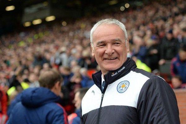 Deux saisons après quitté Monaco, Ranieri devient champion d'Angleterre.